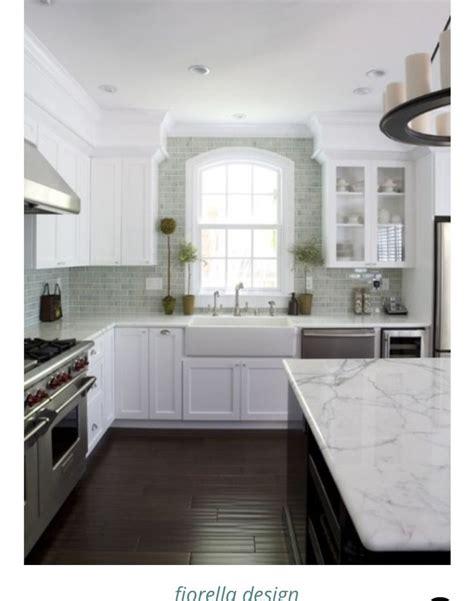 kitchen cabinet upgrade ideas 25 best crown molding kitchen ideas on