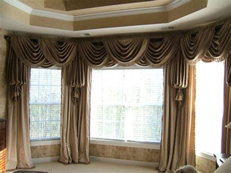 dormer window curtains 1000 ideas about 3 window curtains on pinterest living