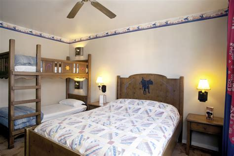 chambre hotel disney disney s hotel cheyenne description services prix