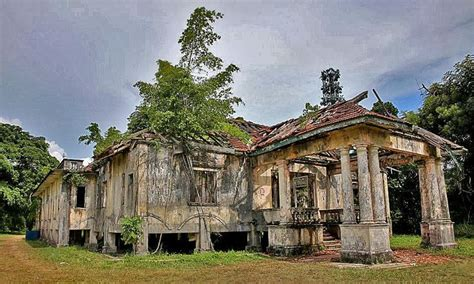 best abandoned places to visit 2115 best ideas about haunting buildings ghosts pictures