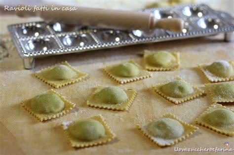 Come Fare I Ravioli Fatti In Casa by Ravioli Fatti In Casa Raviolatrice Manuale Italian
