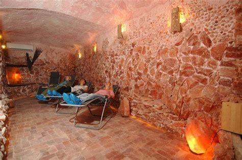 salt room benefits list of himalayan salt therapy caves in the us himalayan salt boutique