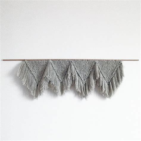 how to hanging l with paper 1309 best weaving macrame wall hanging images on