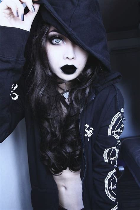 imagenes tumblr goticas beauty tickles gothic life