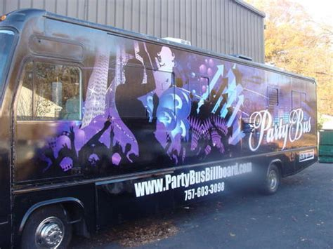 party bus outside muds party bus mudspartybus twitter