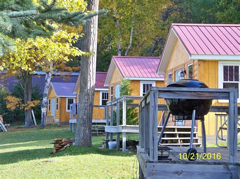 Site Cabin Hire Prices by Temple Town Cabin Rentals Mullett Lake Cabins In Indian