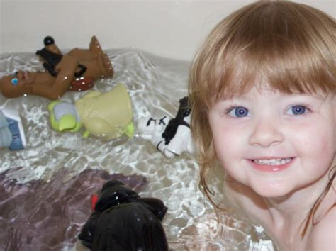 siberian mouse bath how to make bathtime fun for kids kandoo kids