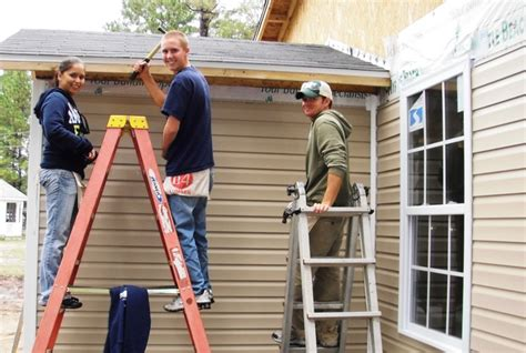 how to install stone siding on a house how to install siding on a house 28 images siding installation poplar bark siding