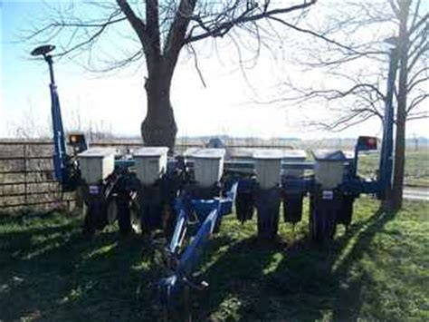 Kinze 6 11 Planter For Sale by Used Farm Tractors For Sale 1996 Kinze 6 11 Planter 2009