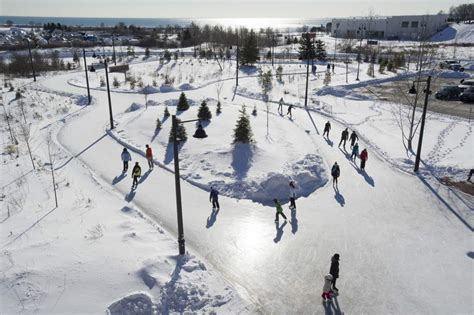 outdoor skating rinks in greater toronto area to do canada