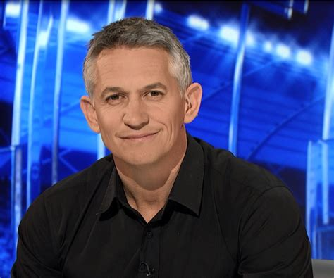 gary lineker gary lineker biography childhood life achievements