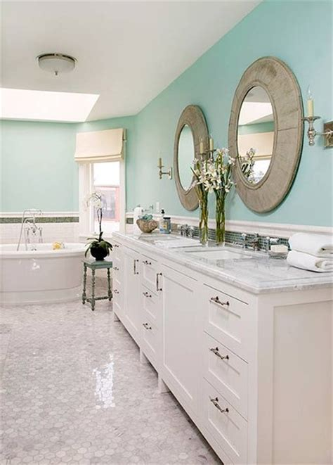 white and turquoise bathroom create chic looking bathroom using these tips