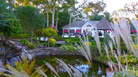 East Wind Cottage Island by Landscaping At East Wind Island Photo De The Inn