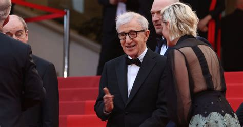 Woody Allen Essays by Woody Allen Responds To Ronan Farrow Essay Never Read An Never Read Anything