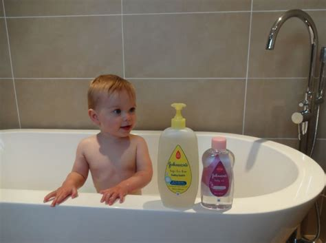 babysitter in bathtub babysitter in bathtub 28 images buying for baby what