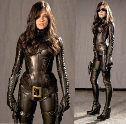 hot chick in gi joe sienna miller best looks style