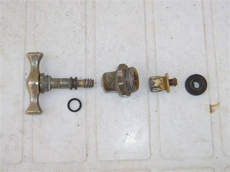 guarnizione rubinetto cambiare la guarnizione di un rubinetto gocciola