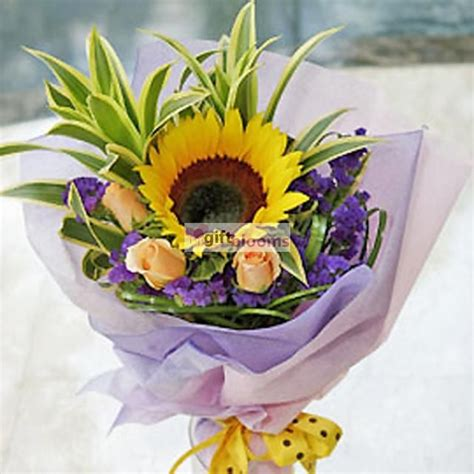 send flowers and gifts to singapore using local flower 17 best images about singapore flowers and gifts online on