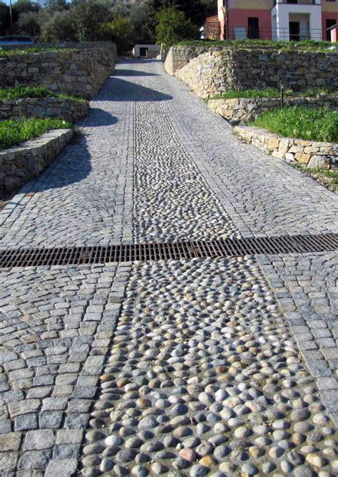 pavimenti per esterni in pietra prezzi pavimento per esterni in pietra naturale pietra di luserna