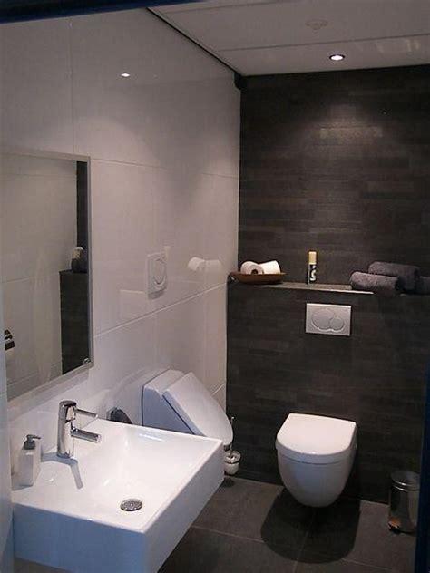 achterwand toilet betegelen toilet voorbeelden gevelaar tegels en sanitair