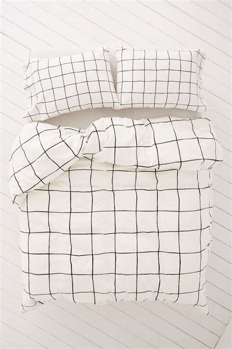 grid pattern bed sheets 80s style at urban outfitters mirror80