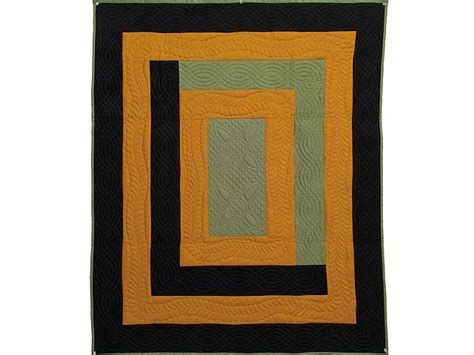 Amish Quilting Frames by Center Frame Quilt Terrific Well Made Amish Quilts From