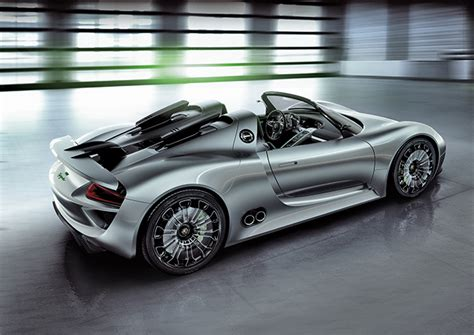 porsche hybrid 918 top gear audi r10 could borrow porsche 918 spyder plug in hybrid setup