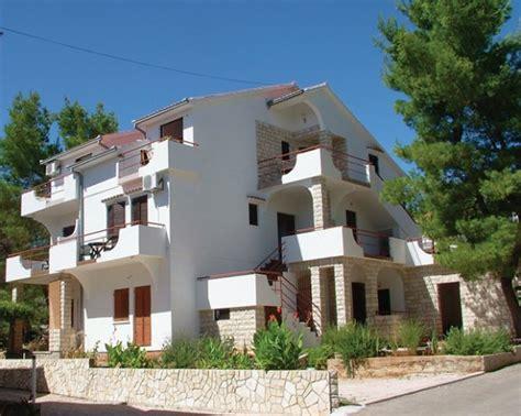 appartamenti in affitto hvar appartamenti vrboska hvar srednja dalmacija croazia