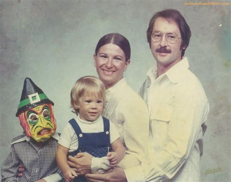 funny awkward family awkward family photos halloween edition photos
