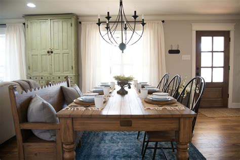 Martha Stewart Bedroom Ideas hgtv fixer upper the carriage house dining room re