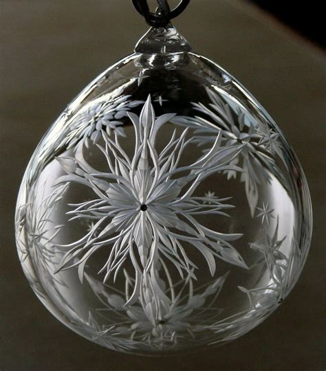 hand engraved large crystal ornament with snowflakes by