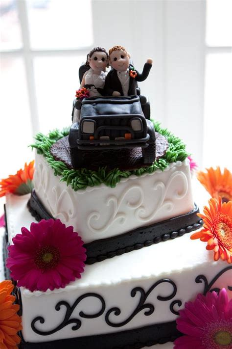 jeep cake topper jeep wedding cake topper by lynnslittlecreations on etsy
