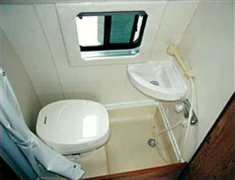 rv shower and toilet combo bathrooms decoor
