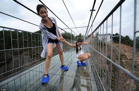 swinging japan chinese glass bottom bridge probably won t collapse