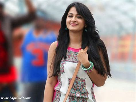 heroine anushka new photos anushka shetty photo gallery marriage movies