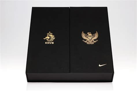 design packaging indonesia nike knvb x indonesia limited edition packaging on behance