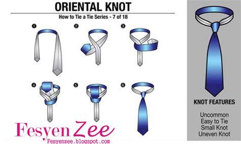 tutorial pakai dasi kerja cara memakai dasi kantor dilengkapi dengan gambar step by