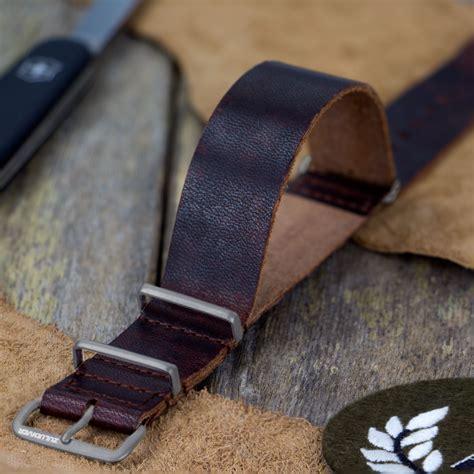 Nato Leather zuludiver 174 usa leather nato ip black polished