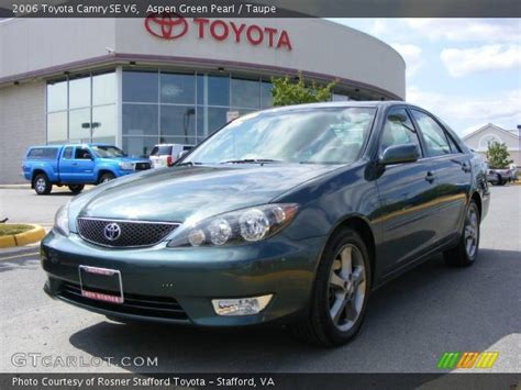 2006 toyota camry se aspen green pearl 2006 toyota camry se v6 taupe