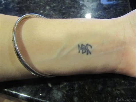 small chinese tattoos 31 ravishing word tattoos on wrist