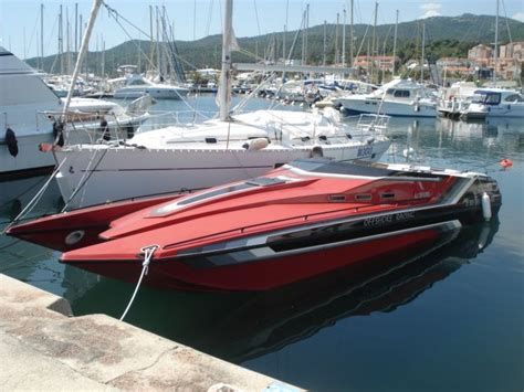 best offshore motor boats 11 best offshore powerboats images on pinterest motor