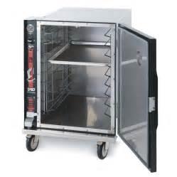 heated holding cabinet metro tc90b half size heated holding cabinet holds nine