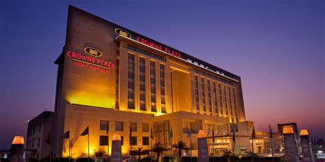 crown plaza crowne plaza new delhi okhla new delhi india
