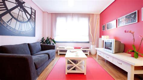 decorar pared salon grande decorar un sal 243 n grande y moderno cuadros