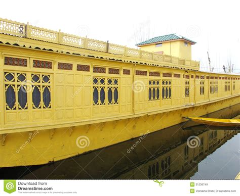 vergunning woonboot woonboot srinagar kashmir stock afbeelding afbeelding