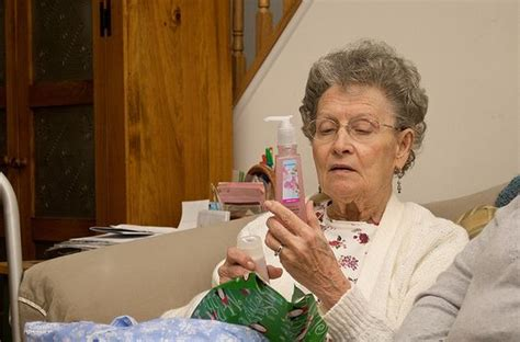 gift card ideas for the elderly best gift ideas for senior citizens and the elderly home health care expressions and ideas