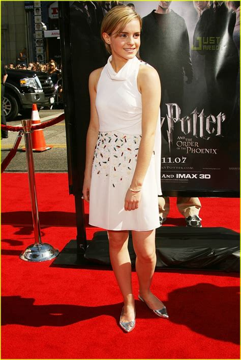 Watson Wears Chanel Again At The Harry Potter La Premier by Fashion Faceoff S Chanel Show Photo 481051