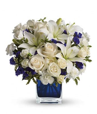 Arranging Roses In A Vase Clear Blue Skies Bouquet At From You Flowers