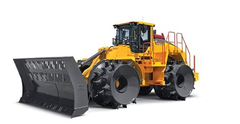volvo construction equipment unveils lch landfill compactor  wasteexpo