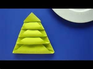 servietten falten weihnachten tannenbaum als